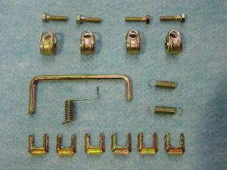 ボンネットロックアーム&タイロッドバンド&ブレーキホースクリップ&スプリング類です。 これらもクロメートメッキをかけてあります。